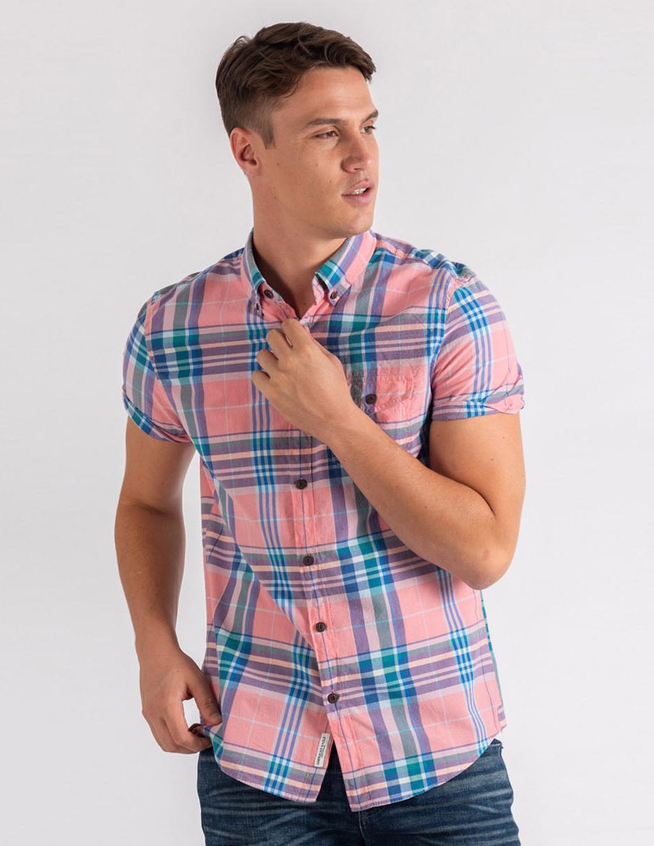 9ab8067695 Camisa casual a cuadros American Eagle corte slim fit manga corta rosa